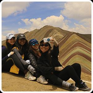 Group photo at the Rainbow Mountain
