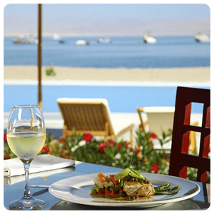Lunch in Paracas