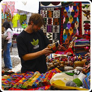 Indian Market of Pisaq