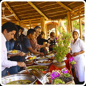 Lunch buffet in Pisaq