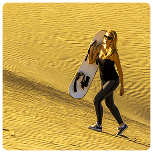 Sandboarding Ultimate sport in Huacachina