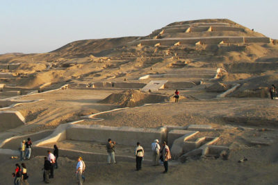 Tour to the Pyramids of Cahuachi